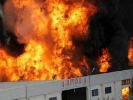 fire پھولنگر:اتفاق ٹیکسٹائل مل کےگودام میں لگی آ گ  سےکروڑوں کاسامان جل گیا