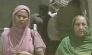 Pakistan-India-Sarabjeet-FamilyVisitHospital_4-28-2013_98820_l