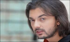 Salman-Mohsin-Gilani-320x192