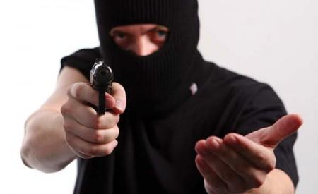 بھائی پھیرو:مسلح ڈاکو ؤں نے ملتان روڈ پر رکاوٹیں کھڑی کرکے درجنوں گاڑیوں کے مسافروں کولوٹ لیا