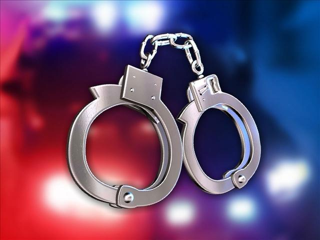 Photo of کراچی کے مختلف علاقوں سے پولیس نے 4جرائم پیشہ افراد کو گرفتار کرلیا