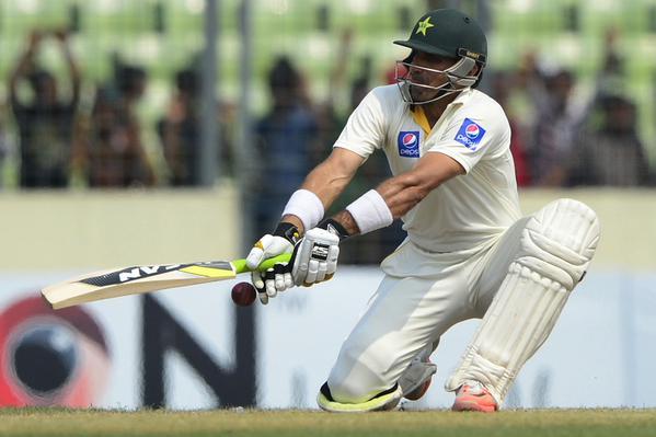 Photo of ڈھاکا ٹیسٹ : پاکستان کا بنگلہ دیش کو جیت کیلئے 550 کا ہدف
