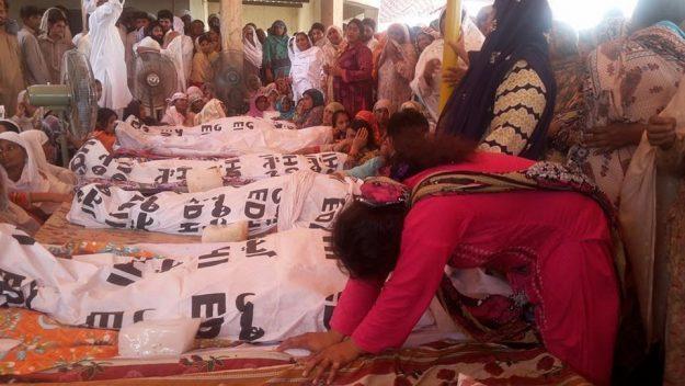 Photo of چنیوٹ:لاہورروڑ پر ہونے والے المناک حادثے پر وزیر اعلیٰ پنجاب نے گہرے رنج وغم کا اظہار