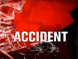جمبر:حمزہ ریسٹوریٹ کے پاس ڈائیو اور کنٹینر میں ٹکر،9افراد زخمی