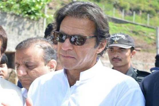 وزیراعظم کا ایک درباری فارغ اور دوسرا دبئی فرار ہو گیا:عمران خان