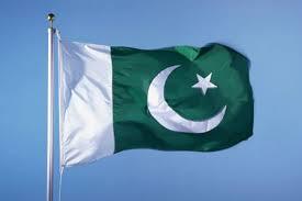 حکومت سےتنگ آکربھارتی شہری نے گھر پرپاکستانی پرچم لہرادیا