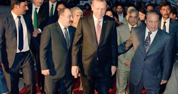 ترک صدر رجب طیب اردوان 2 روزہ دورے پر پاکستان پہنچ گئے