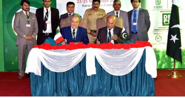 ٹیکسلا: پی او ایف اسٹال پر چار بین الاقوامی کمپنیوں اور پاکستان آرڈننس فیکٹریز کے معابین LOU پر دستخط