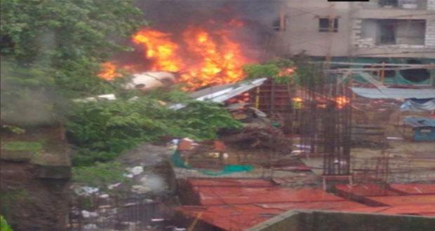 Photo of راولپنڈی میں تربیتی طیارہ آبادی پر گر گیا،18 افراد جاں بحق